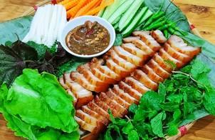 Thịt xíu cuốn bánh tráng Đại Lộc(Quảng Nam)