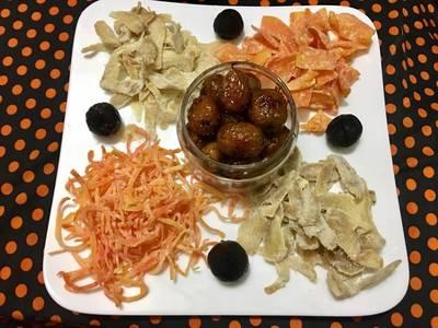 Mứt cà rốt, gừng, táo và tỏi đen đón tết