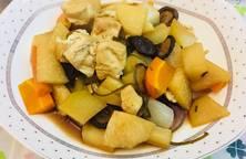 Phổ tai kho củ, đậu và nấm
