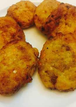 Bánh khoai tây thịt gà