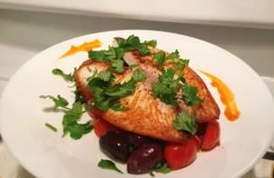 Phile cá tráp vs salad cà chua, olive ngày tuyết rơi nhiều thật nhiều ❄️❄️