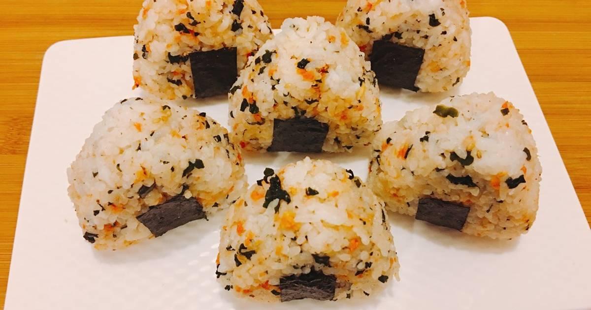 ?Onigiri (Cơm Nắm Nhật Bản)