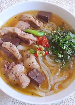 Bánh canh vịt Quảng Trị