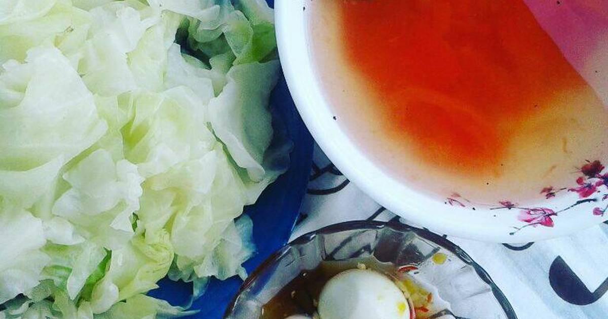 Bắp cải luộc chấm trứng