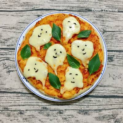 Margherita Pizza- Happy Halloween😍🤣