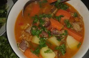 Canh bò hầm khoai tây, cà rốt