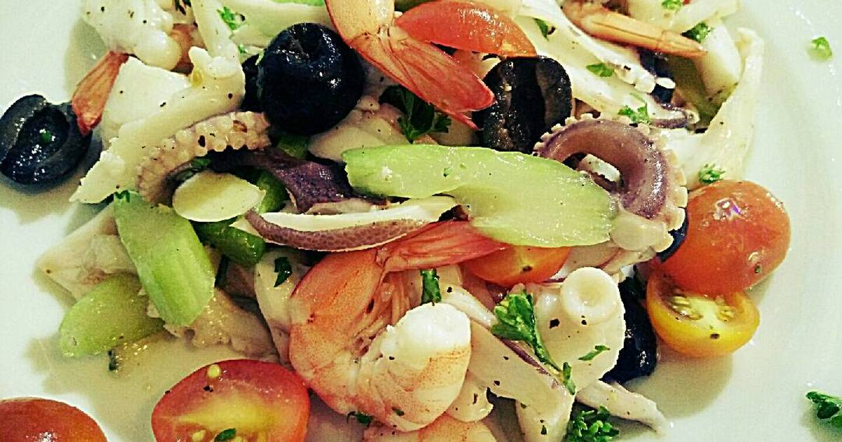 Salad Hải Sản Thanh Mát