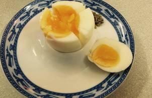 Trứng Gà Luộc Lòng Đào