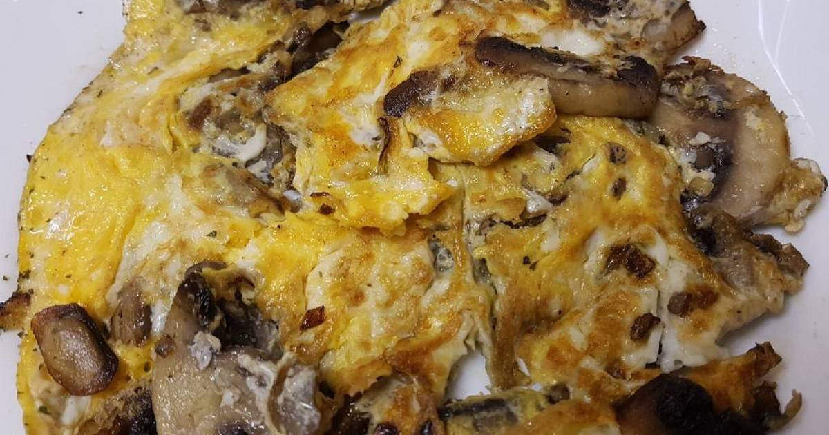 Trứng rán với nấm (Omellet)
