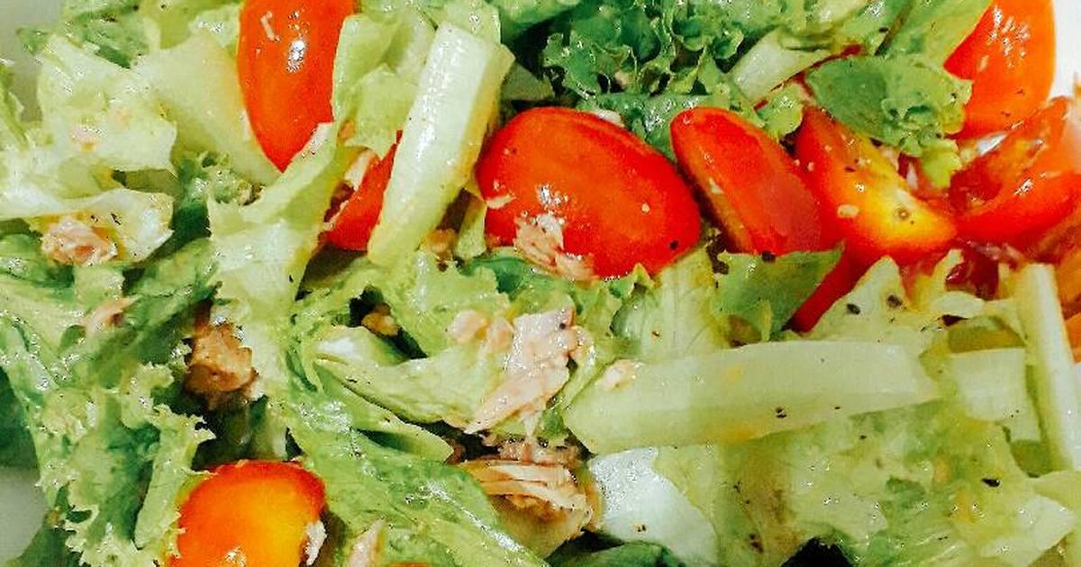 Salad cá ngừ giấm táo