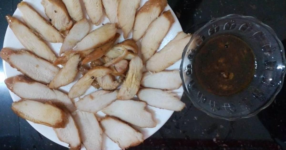 Ức gà xíu, ăn kèm với mì sợi vàng vẫn ngon như mì vàng thịt heo xíu