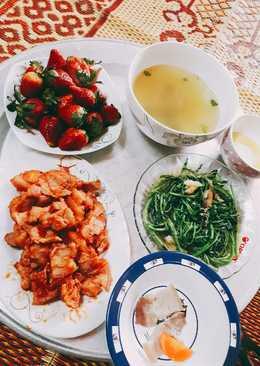 Thịt heo xào cà chua