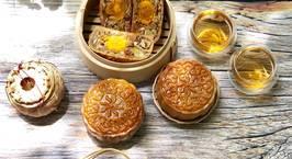 Hình ảnh món Bánh Trung Thu Thập Cẩm Jam Bon Trứng Muối