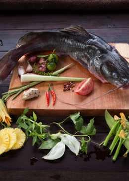 Lẩu cá lăng chua ngọt cho ngày cuối tuần