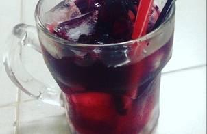 Nước atiso đỏ chua chua ngọt ngọt