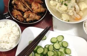 Cánh gà chiên nước mắm, canh thịt bầm rau cải (2 người)