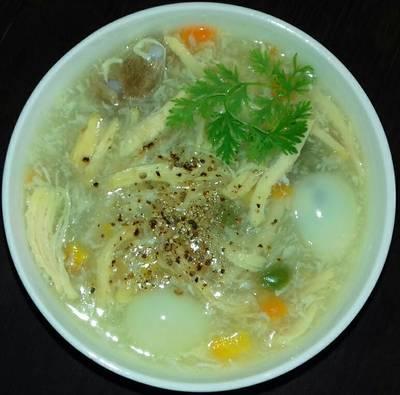 Soup Gà Xé Nấu Rau Củ Cho Bé