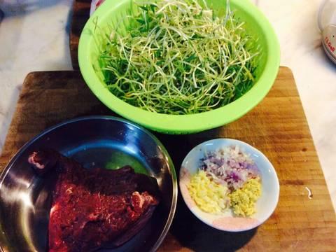 Rau mầm đậu xanh xào phi lê bò recipe step 7 photo
