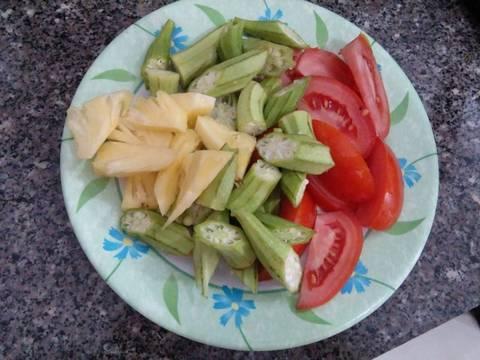 Canh chua thơm cà nấu tôm recipe step 2 photo
