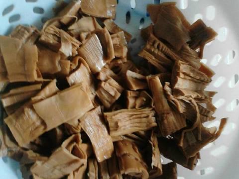 vịt kho măng khô recipe step 3 photo