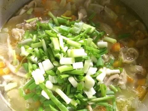 Canh súp gà cho bé và mẹ recipe step 9 photo