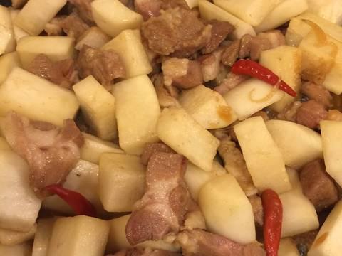 Củ cải trắng kho với thịt ! recipe step 6 photo