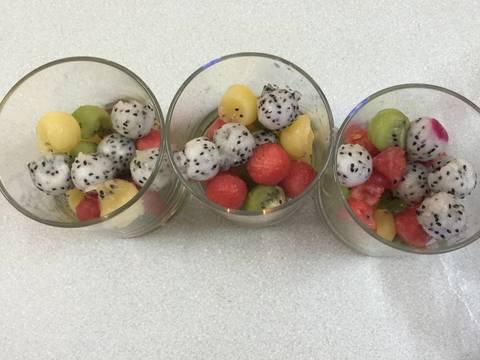 Sinh tố 4 màu với hạt chia recipe step 3 photo