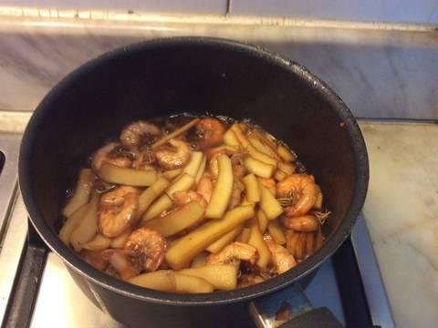 Tôm rim cùi dừa recipe step 2 photo