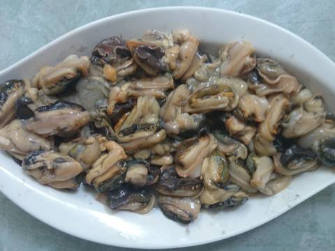Ốc nấu chuối đậu recipe step 1 photo