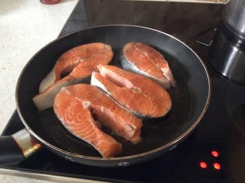 Cá hồi rán kiểu Đức recipe step 2 photo