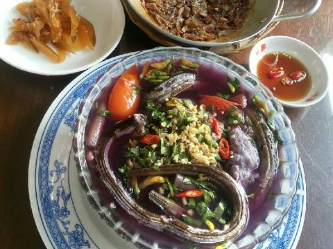 Canh chua trái giác nấu lươn và chả cá recipe step 4 photo