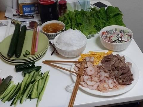 Bánh tráng cuốn thịt heo recipe step 7 photo