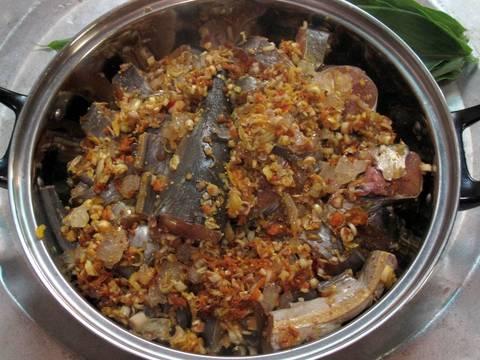 Cá lạc kho sả nghệ recipe step 3 photo