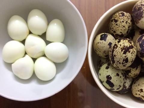Trứng cút luộc và cách bóc trứng siêu nhanh recipe step 5 photo