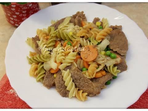 #cleaneating Nui xào thịt Bò, Cà Rốt và Rau củ bước làm 4 hình