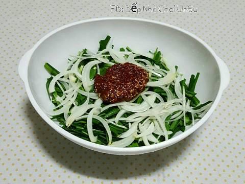Nộm hẹ & hành tây 부추 양파 무침 recipe step 4 photo