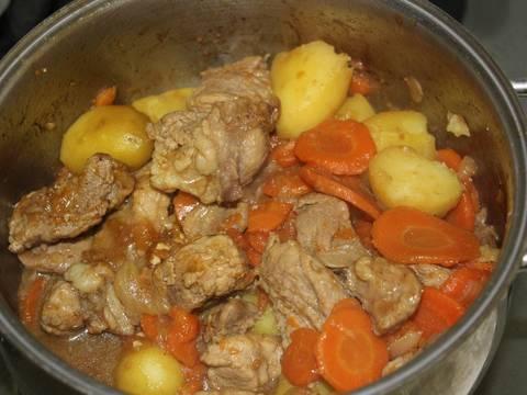 Ragoût thịt heo hoặc thịt bò kiểu Pháp recipe step 8 photo