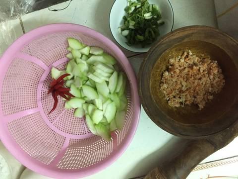 Bí nấu tôm khô recipe step 1 photo