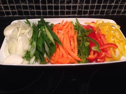 Hủ Tiếu Gà Xào Rau Củ Chay recipe step 1 photo