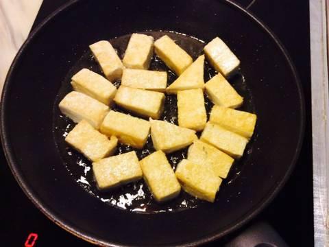 Nấm xào cải thìa với đậu phụ recipe step 4 photo