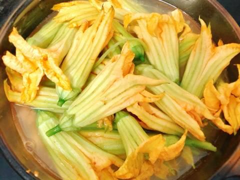 Canh Chua Tôm Bông Bí recipe step 2 photo