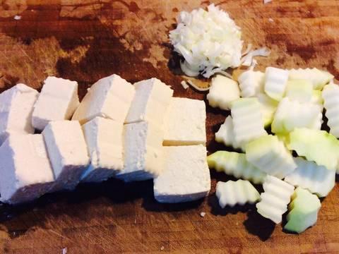 Nấm xào cải thìa với đậu phụ recipe step 2 photo