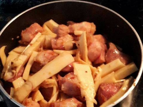 Thịt kho măng recipe step 4 photo