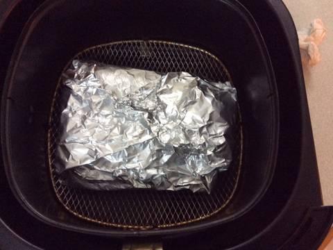 Cá saba nướng giấy bạc recipe step 4 photo