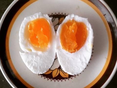 Mùa xuân ai đi hái hoa, còn em đi muối trứng vịt recipe step 8 photo