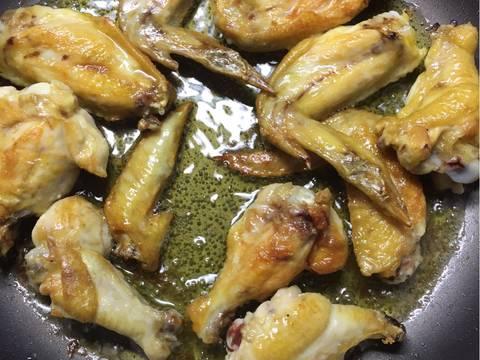 Cánh gà chiên nước mắm ngũ vị hương bước làm 3 hình