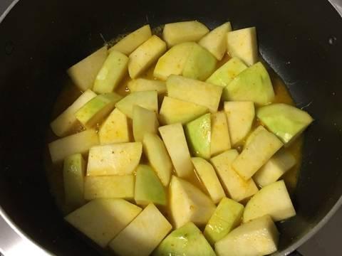 Canh chua cá nấu với xu hào recipe step 2 photo