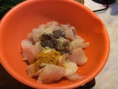 Cá Ba Sa nghệ xào thì là recipe step 3 photo
