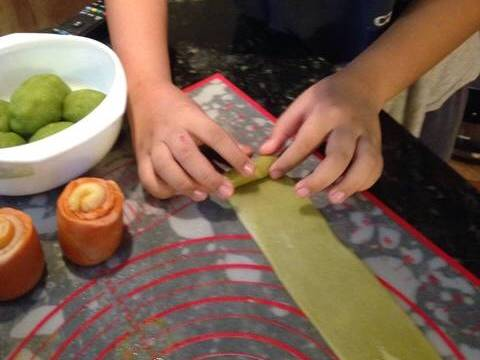 Bánh trung thu ngàn lớp kiểu Triều Châu (Teochew Spiral Yam Moon Cake) recipe step 3 photo