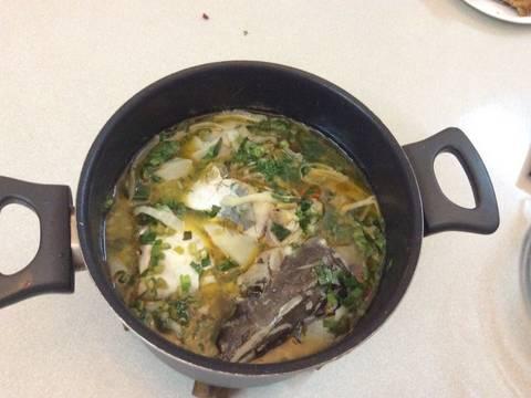 Cá hú canh măng chua recipe step 4 photo